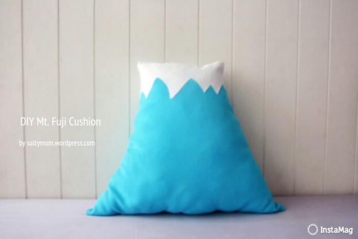 DIY a Mount Fuji Cushion