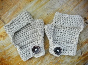 diy crochet bicycle gloves1