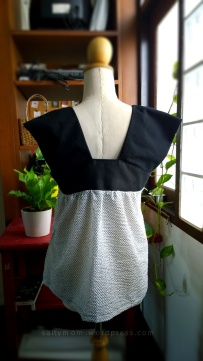 yoke blouse1