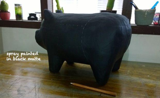 chalkboard pig diy