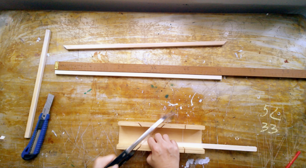 3 mitering corners for wooden frame
