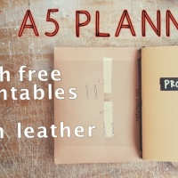 DIY A5 Planner + Notebooks with Free Printables !